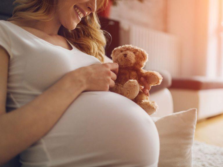"""""""Valeu muito a pena dar um sim à vida"""", afirma jovem que desistiu de abortar"""